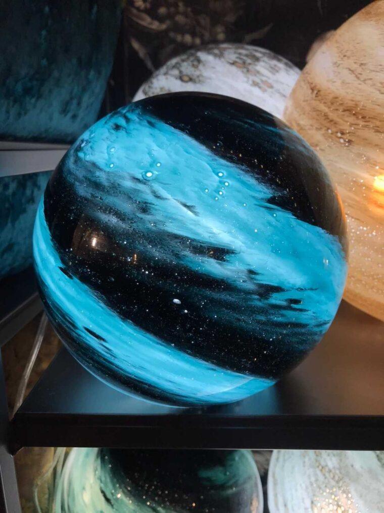 Lampe Dany mystique planète