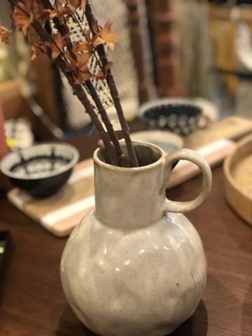 vase faience blanc