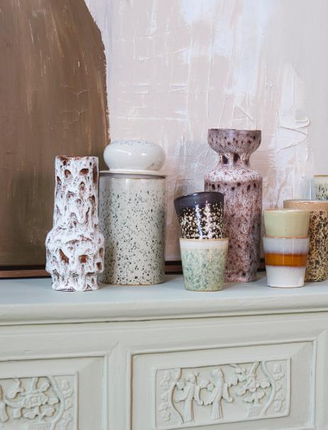 Vase retro lava white