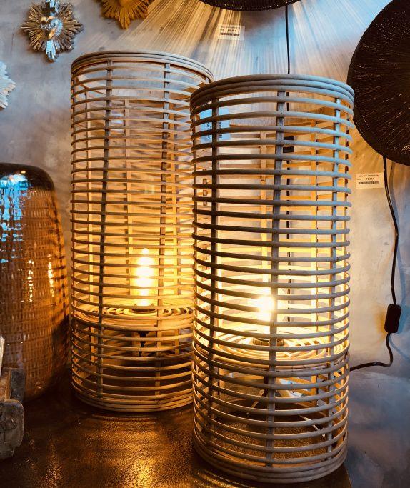 Lampe à poser en bambou