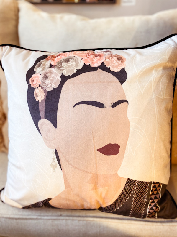 Coussin Frida fleurs