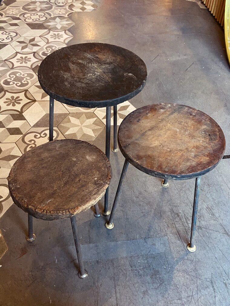 Table gigogne unique en bois